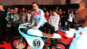 Jokowi Jajal Motor Milik Gibran