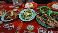 Santap Malam di Sorong, Coba Seafood Kaki Lima