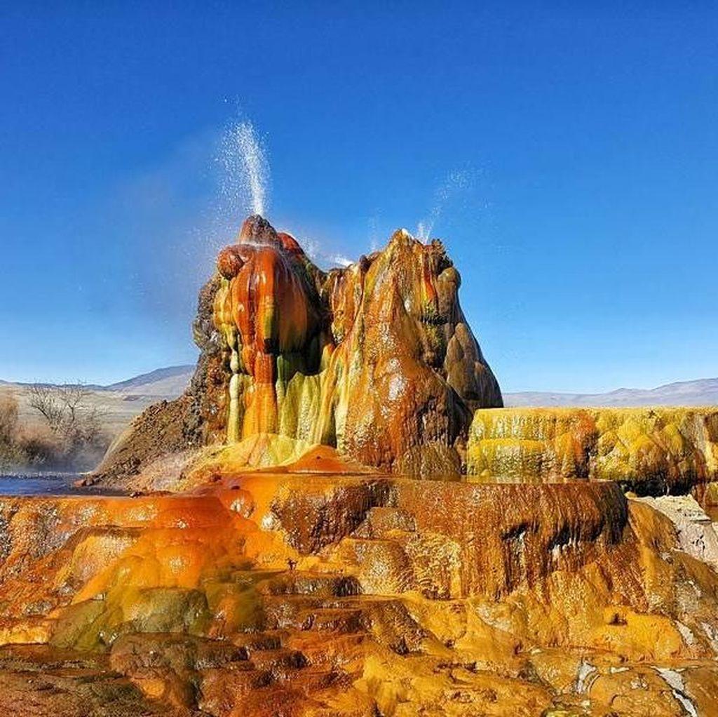Foto: Air Mancur Alami Paling Cantik di Dunia