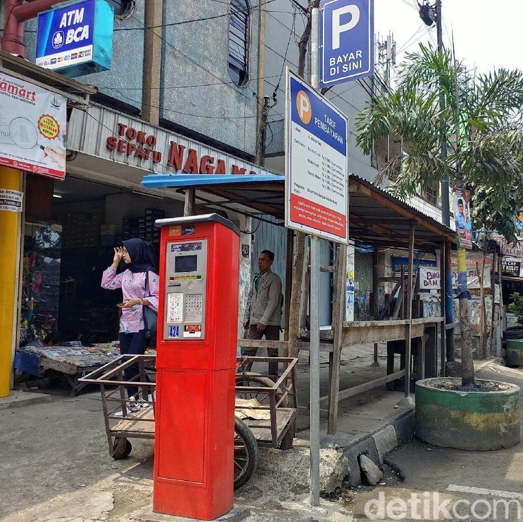 Dishub Salahkan Warga Soal Mesin Parkir Bandung