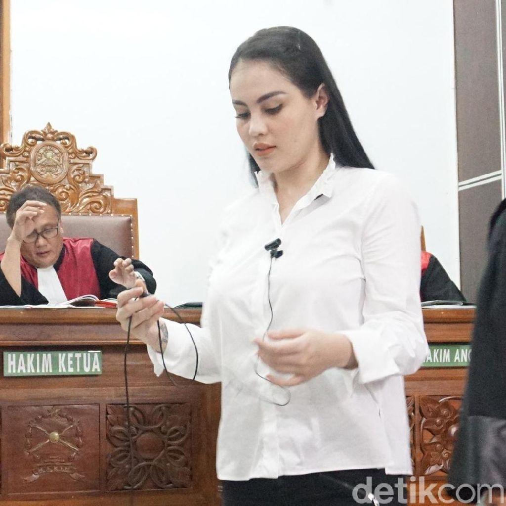 Hakim Usir Bodyguard Setia Jennifer Dunn dari Ruang Sidang