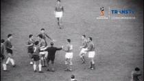 Drama Piala Dunia 1962: Perkelahian, Gempa, dan Gol Tercepat