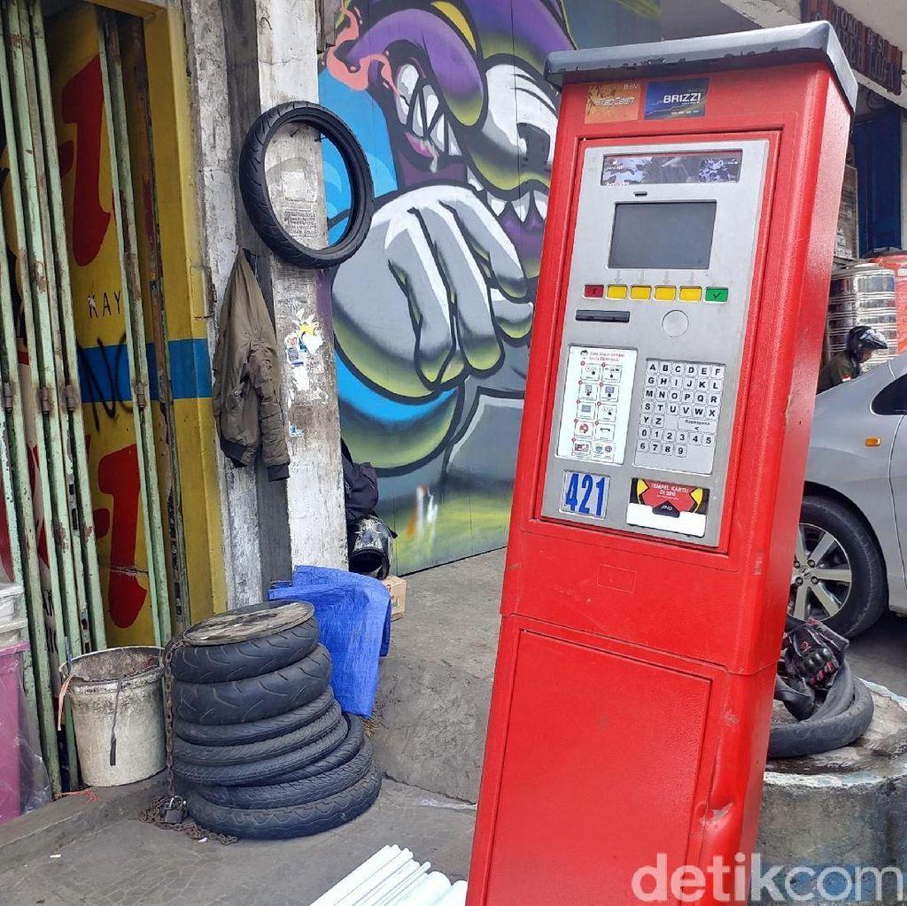 Pro Kontra Mesin Parkir Bandung di Mata Warga