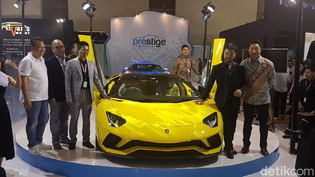 Kuning Mentereng, Lamborghini Rp 18 Miliar Mejeng di IIMS 2018
