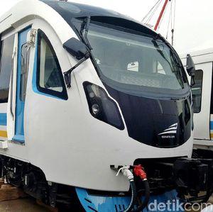 Kerennya Kereta LRT Pertama Buatan Dalam Negeri