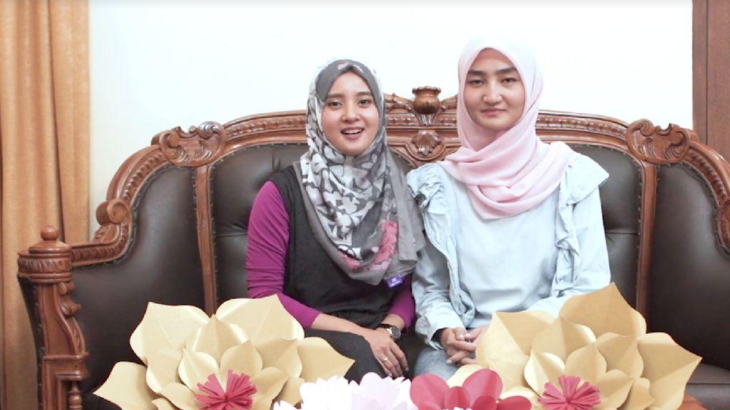 Duo Hijabers Keruk Puluhan Juta dari Bisnis Kembang Kertas