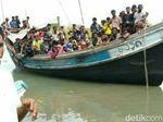 76 Orang Manusia Perahu Asal Rohingya Terdampar di Aceh