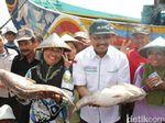 Kunjungi Tempat Pelelangan Ikan, Gus Ipul Dicurhati Nelayan