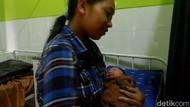 Pengungsi Gempa Banjarnegara Melahirkan Bayi Laki-laki
