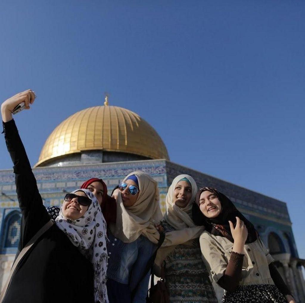 Foto: Selfie Anak Muda Palestina