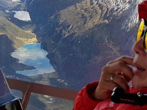 Permalink to Yang Baru di Papua: Naik Helikopter ke Gunung Es