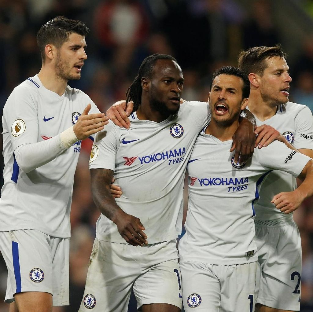 Chelsea Atasi Burnley 2-1