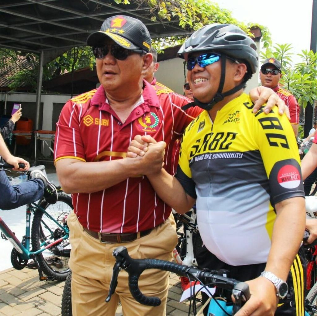Bersepeda di Milad PKS, Prabowo: Simbol Fitness