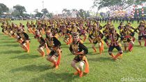 Ratusan Penari Dolalak Ramaikan Sosialisasi Pemilu di Purworejo