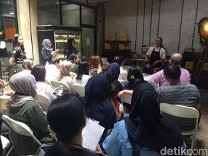 Bersama 2 Wanita Cantik, Peserta Diajak Bikin dan Cicip Cokelat Indonesia