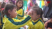 Hari Kartini, Siswa PAUD di Trenggalek Lomba Rias Wajah Teman