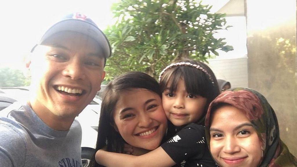 Pasca Curhat di Instagram, Marshanda Akhirnya Bertemu Sienna