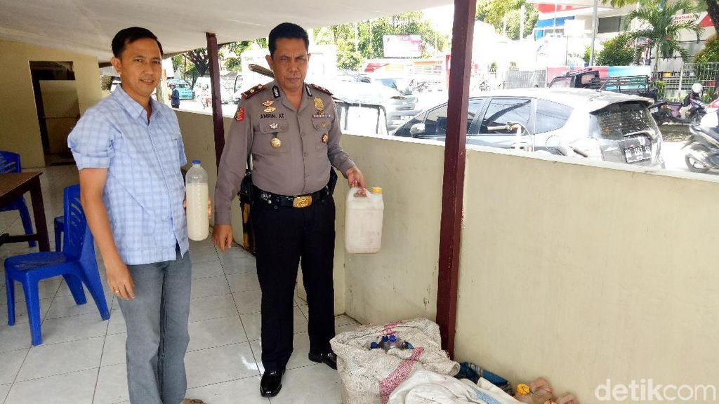 Polisi Sita 1.000 Liter Miras Ballo di Makassar