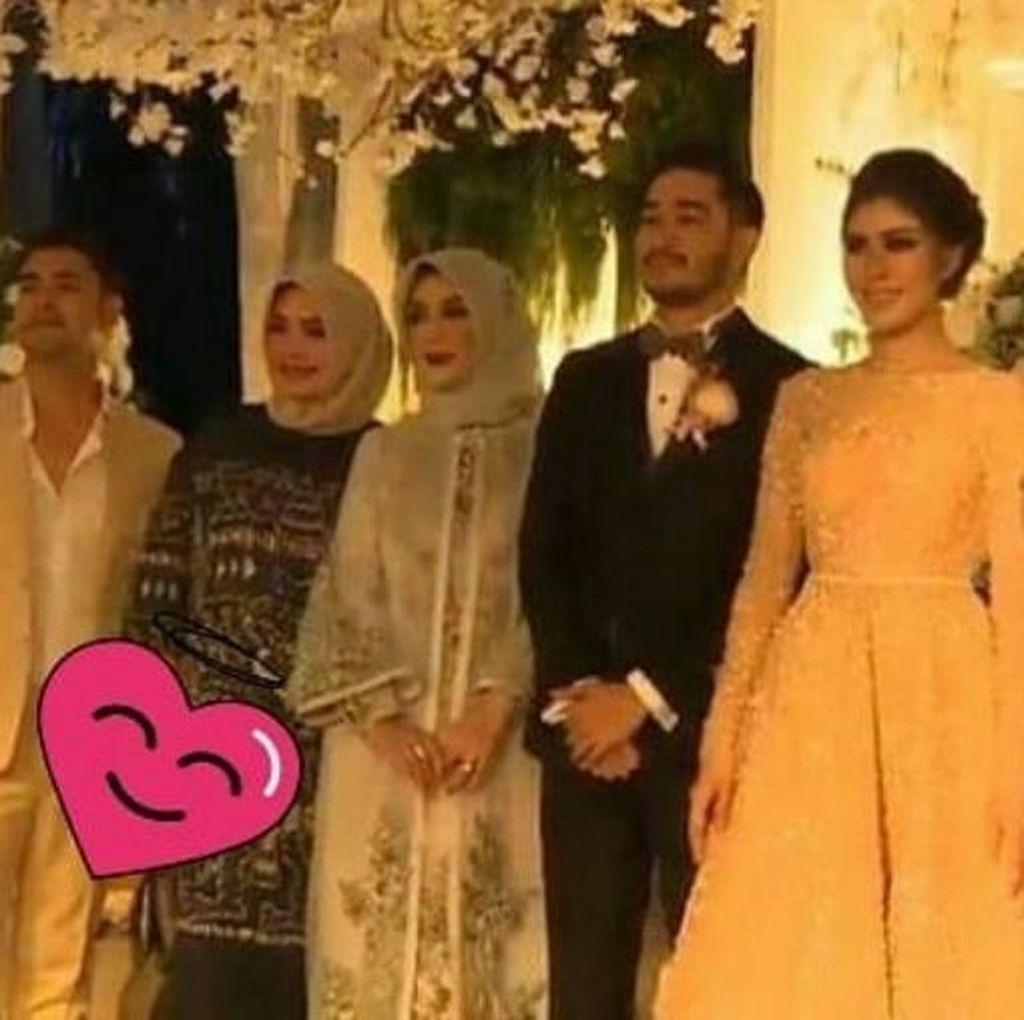 Ibunda Nagita Slavina Hadir di Resepsi Pernikahan Syahnaz dan Jeje