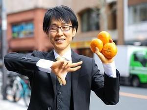 Makan Buah Saja Selama 8 Tahun, Pria Ini Klaim Punya Kekuatan Super