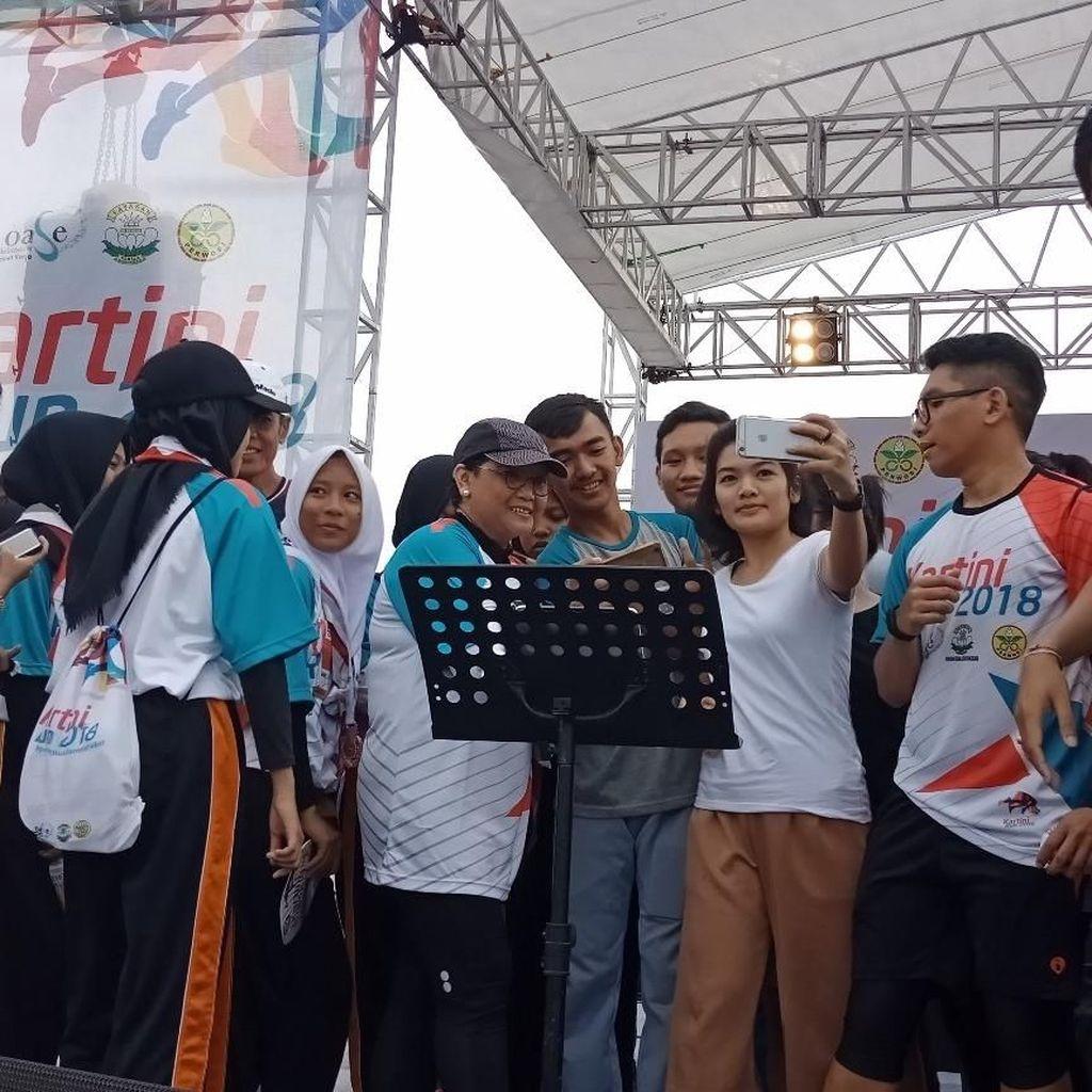 Menlu Retno Ikut Lari di Kartini Run 2018