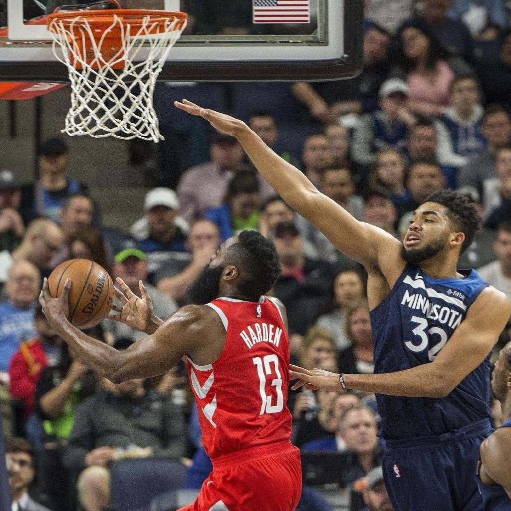 Wolves Rebut Gim Ketiga Lawan Rockets