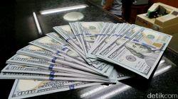 Dolar Nyaris Rp 14.000, Pemerintah Harus Apa?