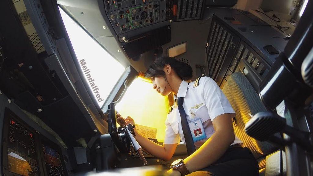 Foto: Liburannya Pilot Muda Melinda Alfred