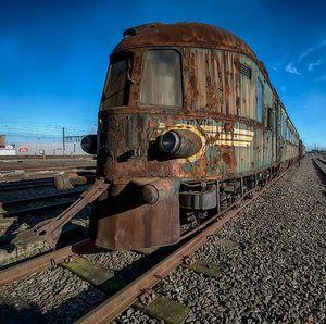 Siapa Sangka Kereta Hantu Ini Dulunya Mewah Banget