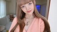 Cantiknya Kebangetan! Foto Model yang Dijuluki Barbie Hidup Ini Bikin Terpesona