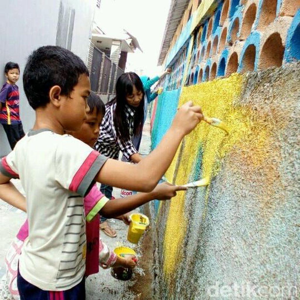 Melihat Kampung Gersang di Garut yang Kini Jadi Penuh Warna