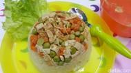 Agar Anak Makin Lahap Makan, Coba Beri Nasi Tim Tahu Sayuran Yuk