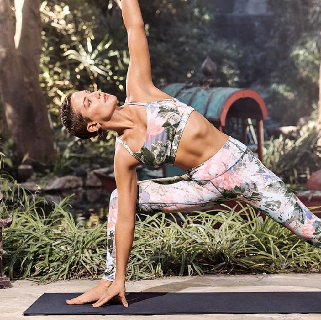 Doyan Olahraga, Kate Hudson Badannya Lentur Banget!