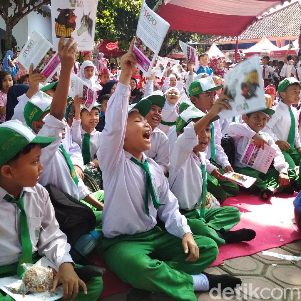 Keren, 1.000 Anak Ikuti Event Baca Buku Massal di Tulungagung