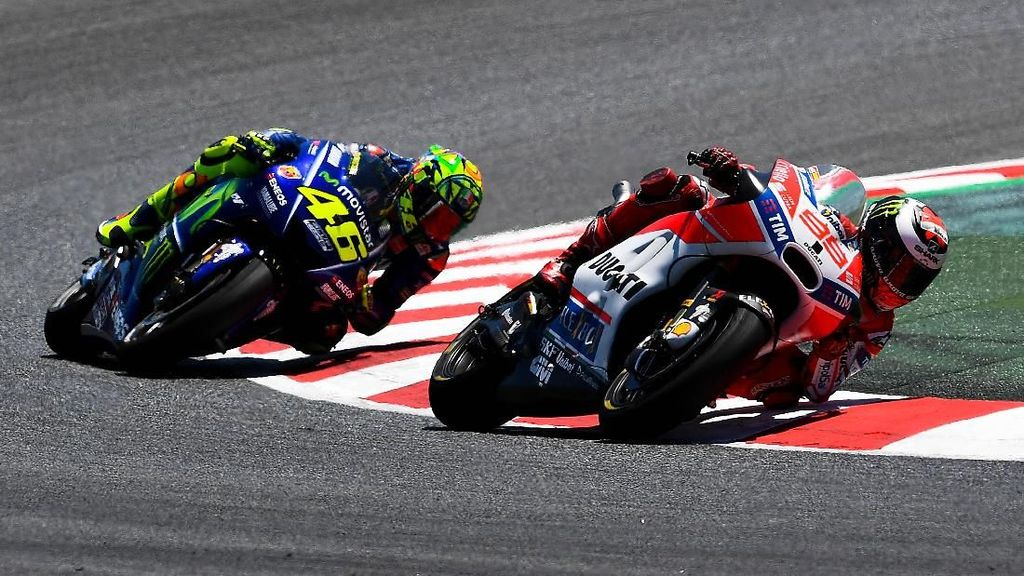 Kata Rossi soal Kesulitan Lorenzo di Awal Musim Ini