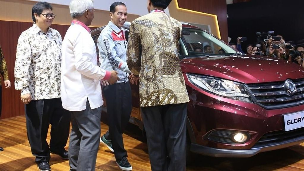 SUV Glory 580 Tawarkan Garansi 7 Tahun