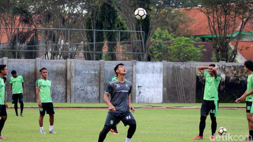 Intip Latihan Persebaya Jelang Lawatan ke Markas Mitra Kukar