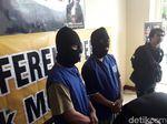Gerebek Warung Jamu di Bekasi, Polisi Sita 226 Botol Miras