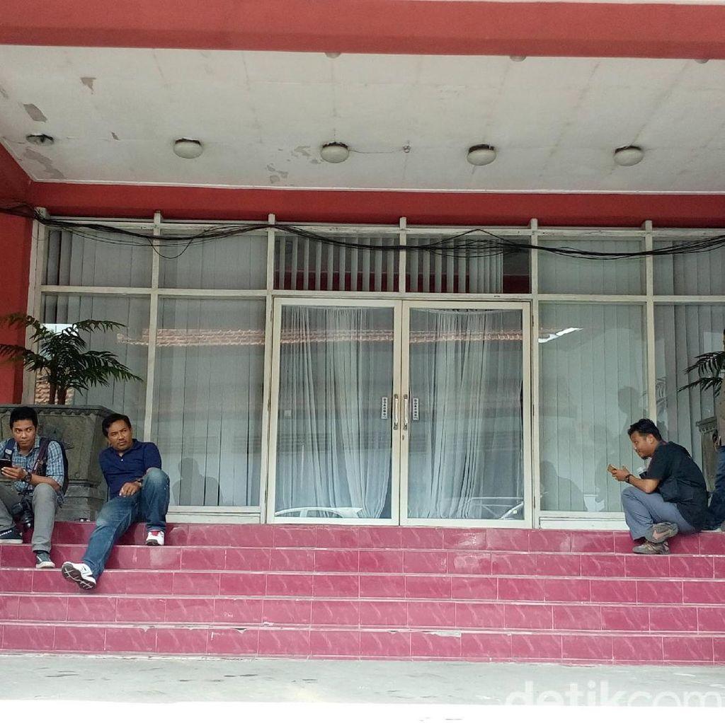 KPK Geledah Kantor 3 Pejabat Pemkab Mojokerto, Ada Apa?