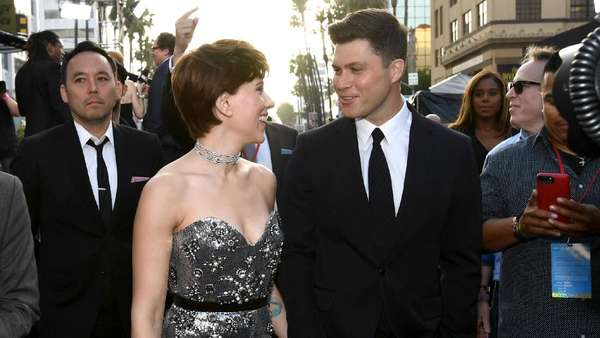 Scarlett Johansson Perdana Gandeng Pacar di Premier Infinity War