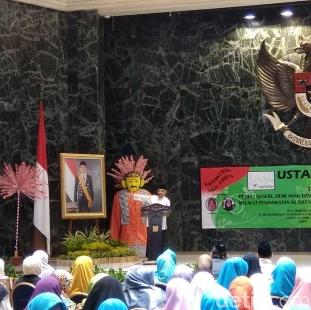 Amien Rais Tunjuk Foto Jokowi di Balai Kota: Ini Sudah Down