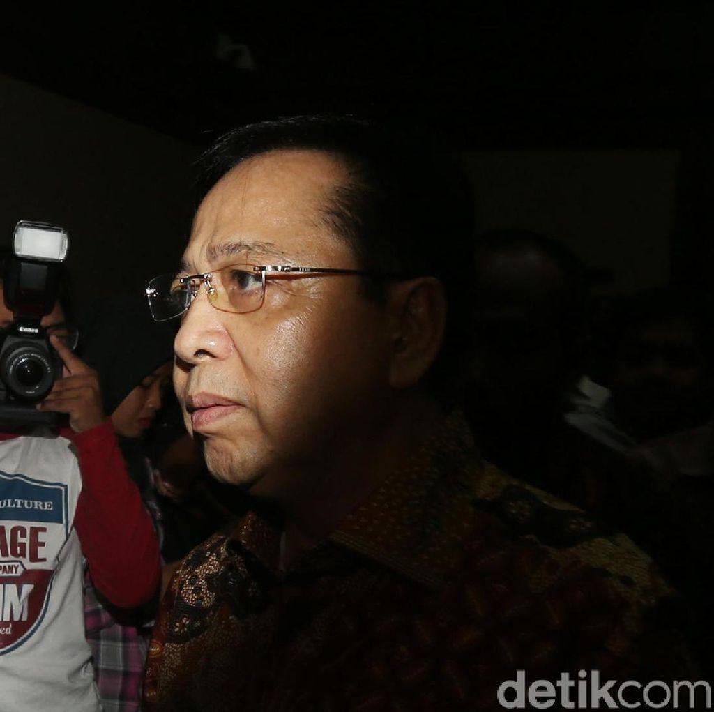 Foto: Tok! Setya Novanto Divonis 15 Tahun Penjara