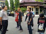 Anak Punk di Ponorogo Dihukum Baca Pancasila, Hafal Nggak Ya?