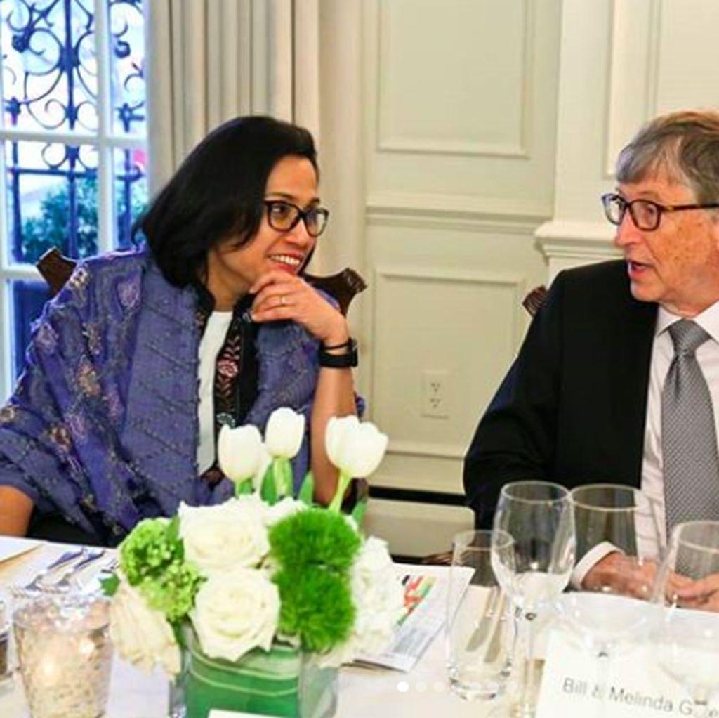 Sri Mulyani Pamer Foto Bareng Bill Gates