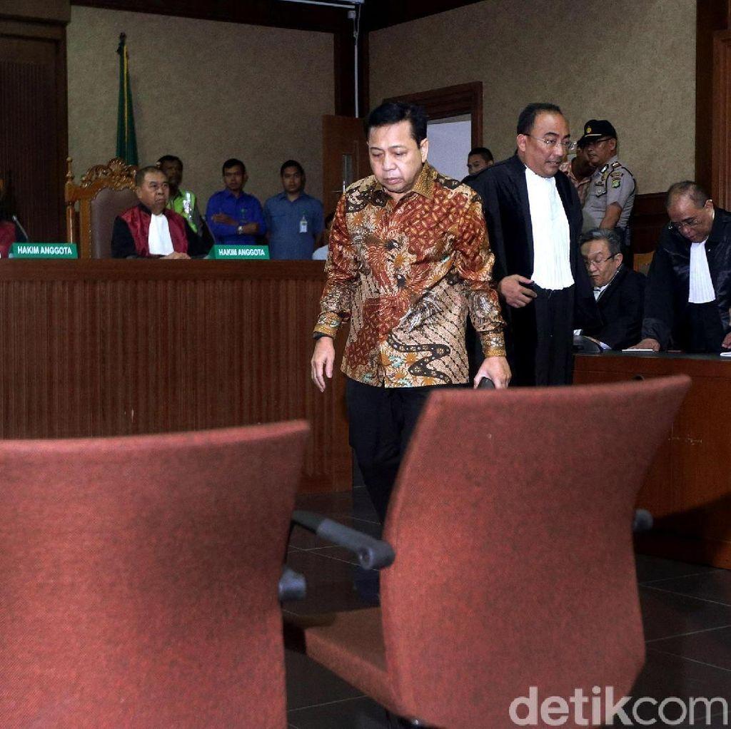 Momen Novanto Kecelakaan: Tiba-tiba Gedebak-gedebuk