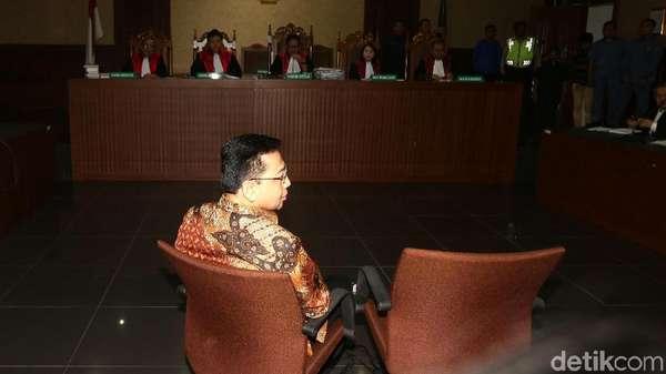 Terbukti Korupsi e-KTP, Setya Novanto Divonis 15 Tahun Penjara