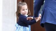 Gaun Biru yang Dipakai Putri Charlotte Saat Jenguk Adiknya Ludes Terjual