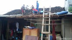 Diterjang Angin Puting Beliung, 36 Rumah di Bantul Rusak