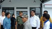 Batal Naik Heli, Mentan Pilih Naik Taksi ke Tana Toraja