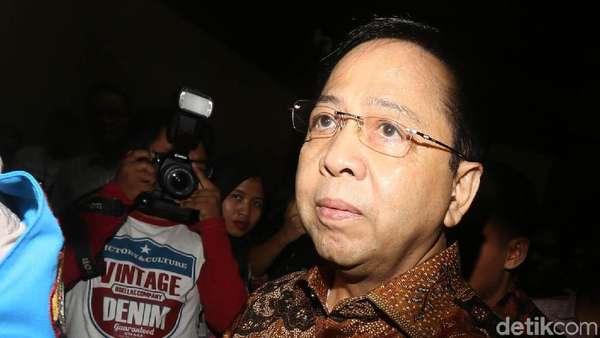 Hakim Tegaskan Setya Novanto Perkaya Diri USD 7,3 Juta